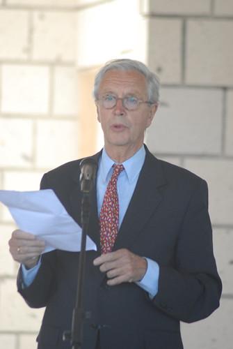 Dr.Paul Knegt