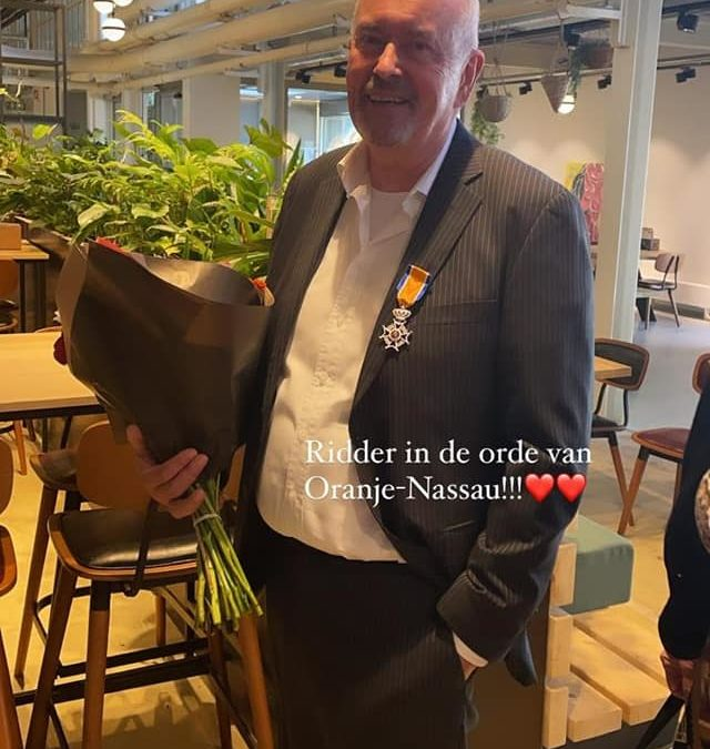 Dr.Reinier van Twisk -Ridder in de Orde van Oranje Nassau